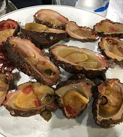 Coral Grilled Clams