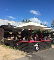 Wobbly Goat Cafe