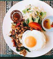 Far Thai