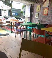 Flora Cafe Gourmet