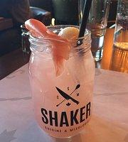 Shaker Cuisine & Mixologie