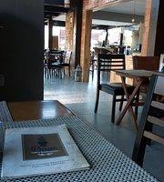 Pinas Restaurante