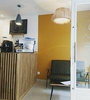 Cafe Tulipe Coffee Shop