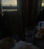 Hundfjallets Bar & Grill