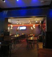 Cafe Bonne Aparte