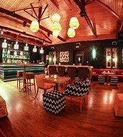 Melydron Cafe-Bar