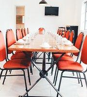Hoa Bien Restaurant