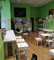 Holos Cafe