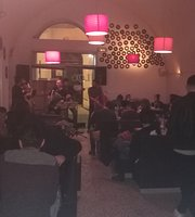 Lox Pub