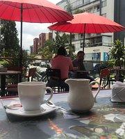 Cafetería Pastelería Y Tortas El Parisino Armenia