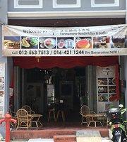 UT Sandwiches Cafe