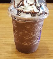 Coffee Bean and Tea Leaf - Cach Mang Thang 8
