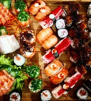 Mahaki Sushi Lounge