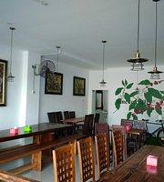 168 Resto & Cafe