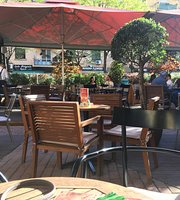 Kafe Flora