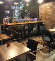 Pheru Coffee and Tea Shop