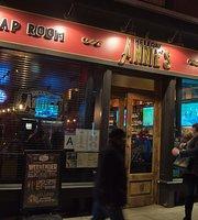 Hellcat Annie's Tap Room