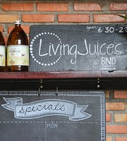 ‪Living Juices‬