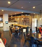 Chinese & Sushi Express Kurtköy