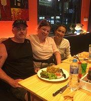 Lynns Mexican Cafe