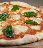 Lucia Italia Pasta, Pizza Y Gelato