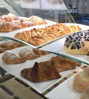 """Carrasi Bakery """" Panificio Gastronomia"""