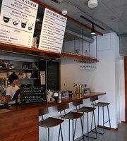 Coffee Mafia, Nishishinjuku
