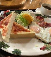 Cafe Plaza Tokei-Dai