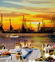 Restaurant Staria Chinar - Port Varna