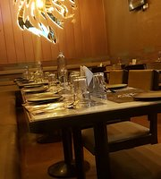 Leo's Restaurant Lounge