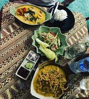 Nun's Restaurant (Som Tam Soi 5)
