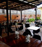 La Terraza Restaurante & Pizzeria