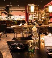 Ozzo Oriental & Lounge