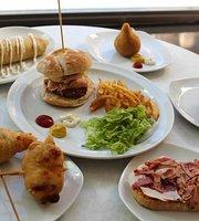 La Ronda Food & Drink