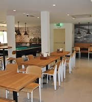 Seafarers Bar & Kitchen