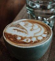 DaLa Cafe
