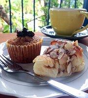 La Rola Pan y Cafe