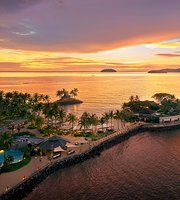 Sunset Bar at Shangri-La's Tanjung Aru Resort and Spa