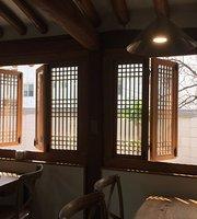 E.Chae Cafe