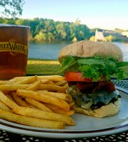 Mermaid Point - Eats & Drinks on the River