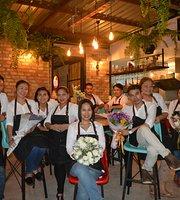 Lhong Restaurant & Bar