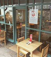 Folk Cafe