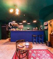 Le Moniteur Cafe