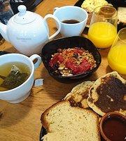 Le Café des Trois