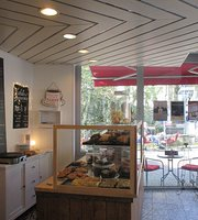 Cafe Roehren