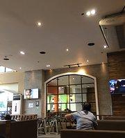 Gerry's Restaurant & Bar
