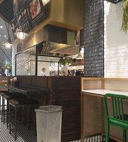 Jamie's Burgers - EmQuartier