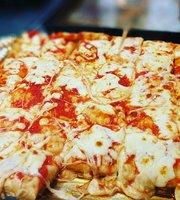 Gusto Milano Pizza