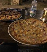 Ego's Bar & Pizza