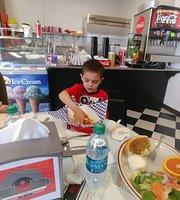 Sugies Diner